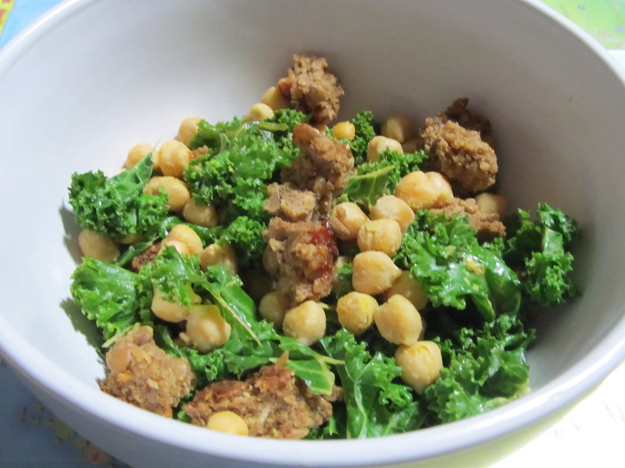 cheesy kale chickpeas