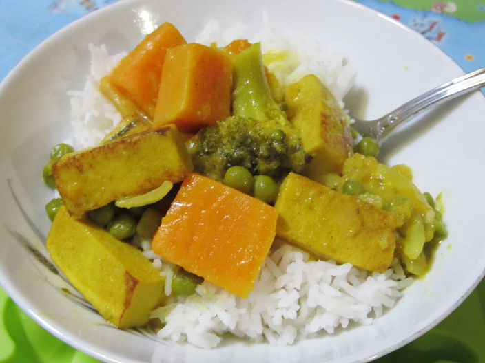 Thai style yellow curry from Veganissimo!
